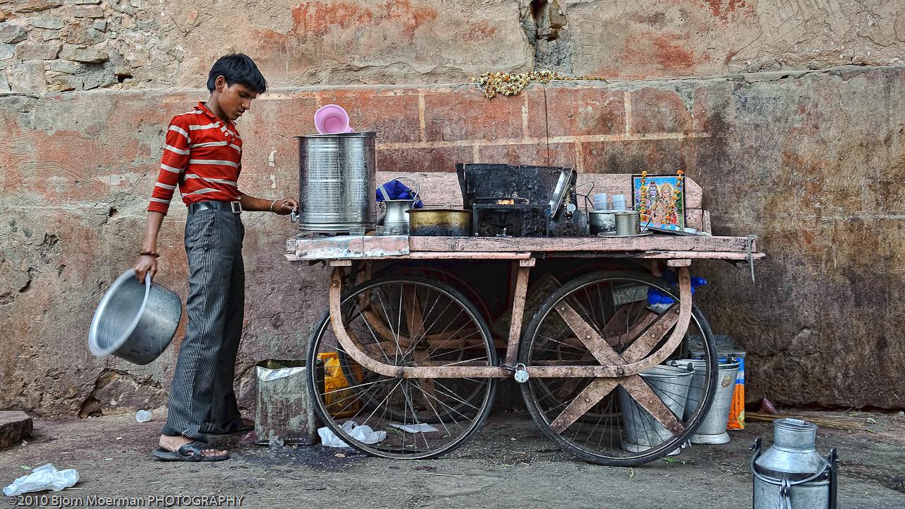 Selling Chai in Jaipur