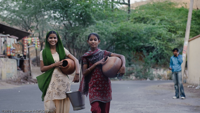 Girls getting drinking water in Galta