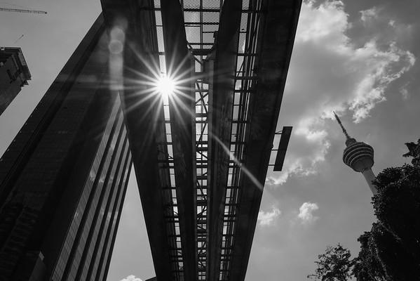 Under the bridge, KL