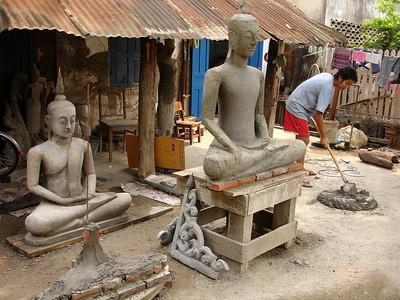 making Buddhas, Luang Prabang