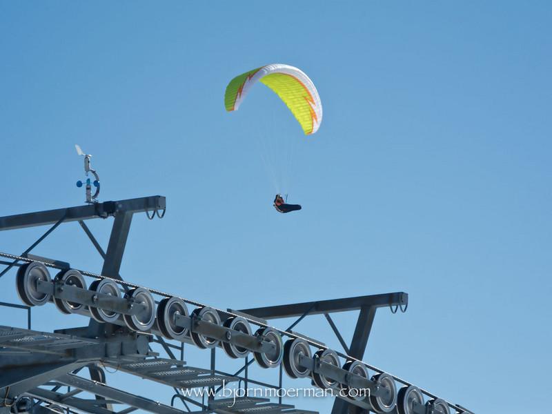 Paraglider over the Wildenkarkogel