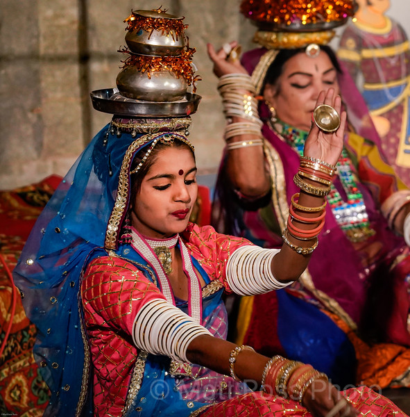 INDIAN DANCE PERFORMANCE, UDAIPUR