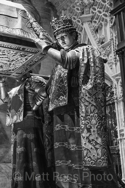 KNIGHT OF LEON? COLUMBUS TOMB, CATHERDRAL OF SEVILLE