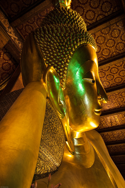 HEAD OF THE RECLINING BUDDHA IN WAT PHO