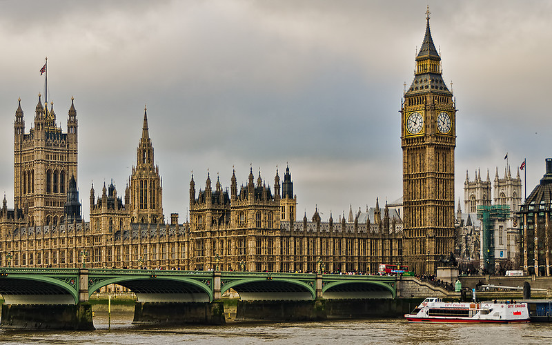 BigBen-Thames.jpg