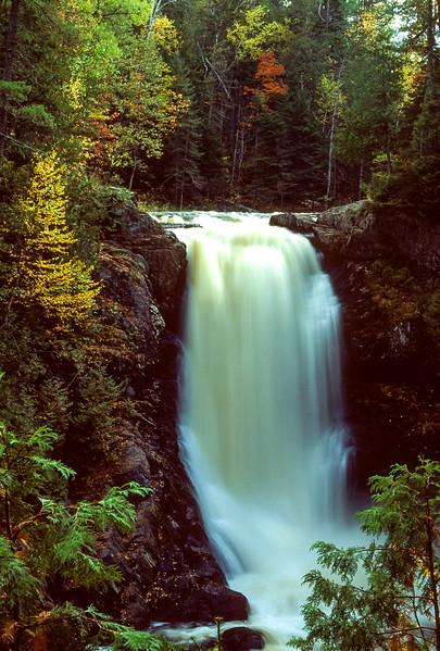 Mosie Falls