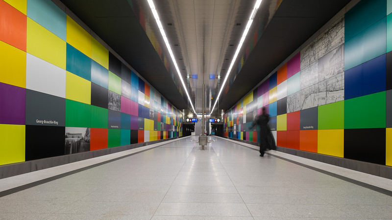 2013 Pic(k) of the week 28: Subway ghost in Munich