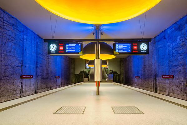 Westfriedhof U-bahn station