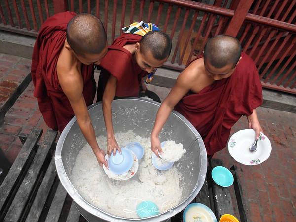 One more scoop - Mahagandayon Monastery