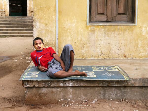 Myanmarese children