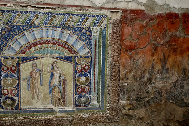 mosaic and fresco decorations, Herculanium