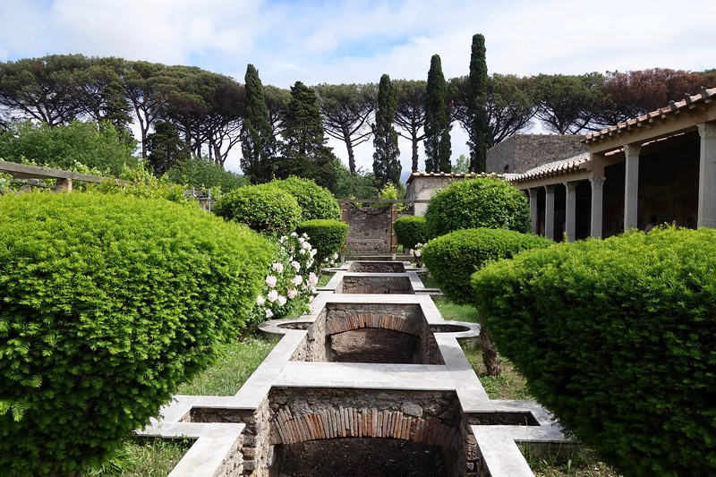 private home garden in Pompeii