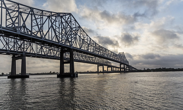 Greater New Orleans Bridge; Louisiana; Mississippi River; New Orleans; USA