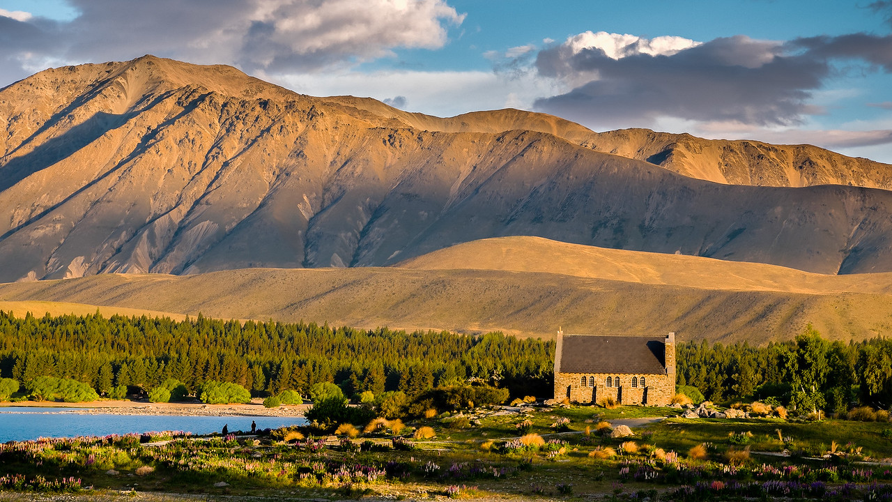 Tekapo church at sunset