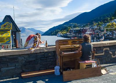 Musicians on Lake Wakatipu, Queenstown, New Zealand
