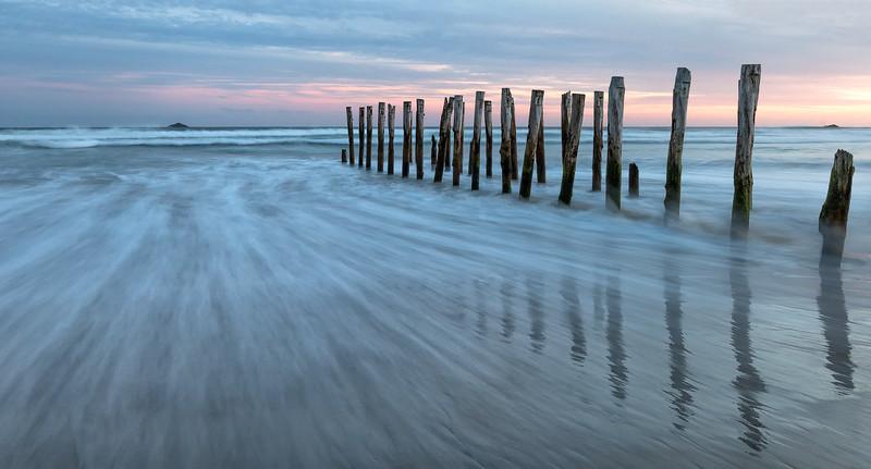 Sunset at St. Clair Beach, Dunedin, South Island, New Zealand