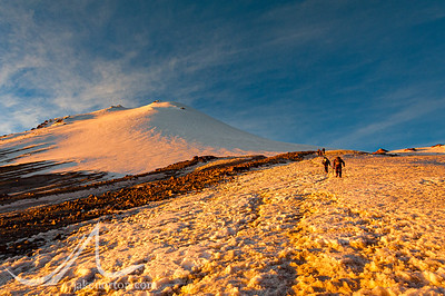 Climbers ascending el Pico de Orizaba, Mexico, the third highest peak in North America.