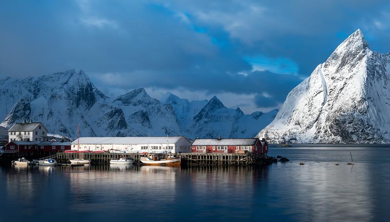 Hamøy harbor in soft white light