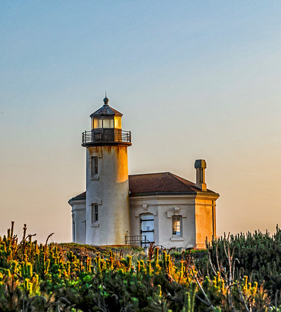 USA; Oregon; Bandon; Coquille River Lighthouse