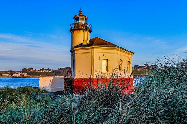 USA; Oregon; Bandon; Coquille River Lighthouse