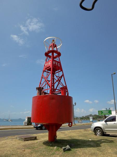 On the Caiz de Amador causeway