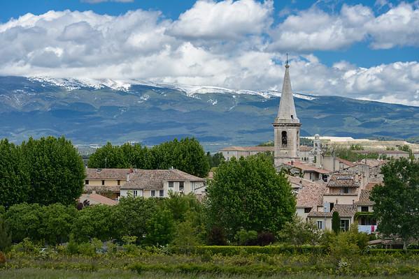Saint Didier village, Vaucluse