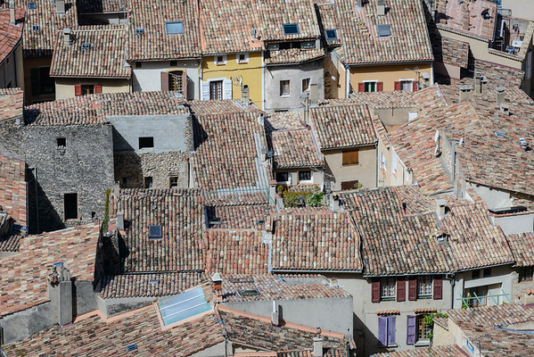 Moustiers rooftops