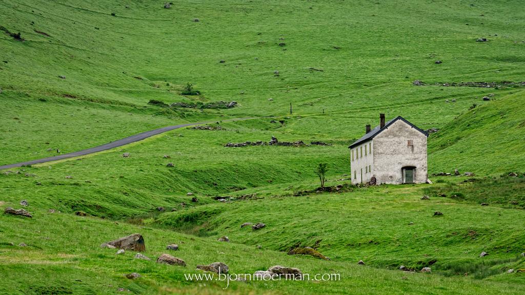 Farm on the D113 near Payolle