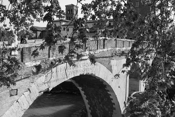 Bridge along the Tigris