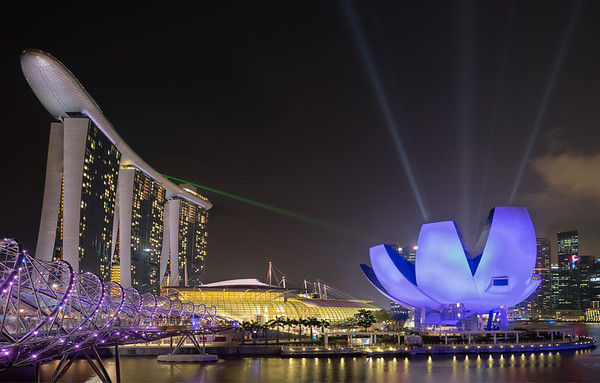 2014 Pic(k) of the week 13: SIngapore Lightshow
