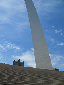 Gateway Arch in St  Louis, Missouri (2)