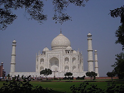 another side of the Taj Mahal