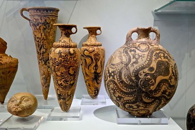 Minoan pottery, Archeological Museum, Heraklion