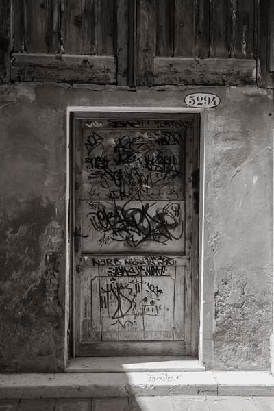Grafitti door