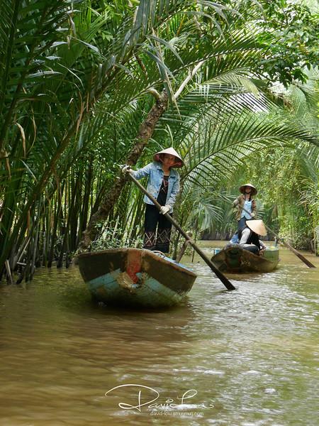 Sailing thru creek