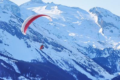 Paraply gliding in Penken aria, at restaurant Lammerbich