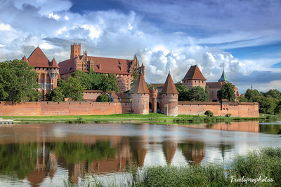 Malbork castle - -3_AuroraHDR2018-edit