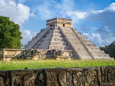 El Castillo and the Wall of Skulls