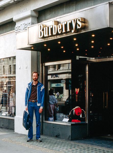 London 1985 - Barry in Burberrys