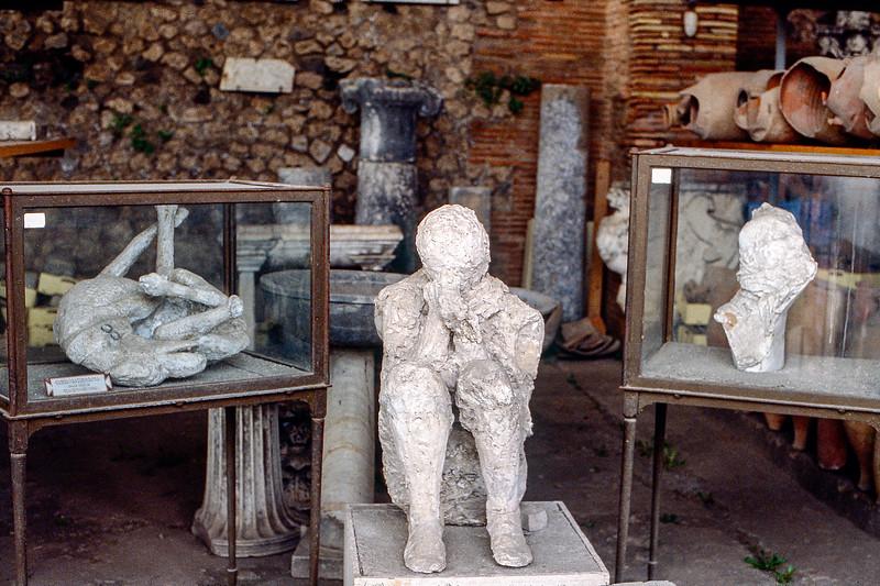 Mt. Vesuvius - People encased in ash from the 79 AD eruption - 1984