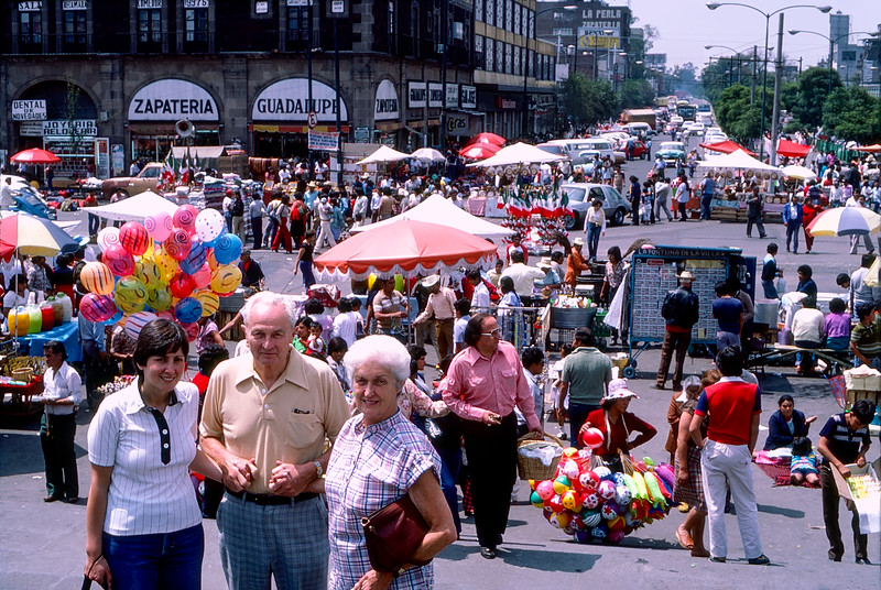 Mexico City - Mercedes, Dad & Mom in street fair - September 1982