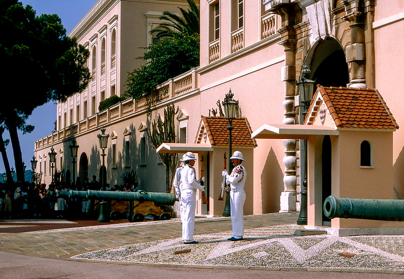 Monaco - Changing of the guard at Grimaldi Palace - 1985