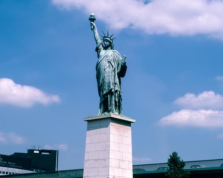 Paris - Statue of Liberty (1/4 scale) (1889)