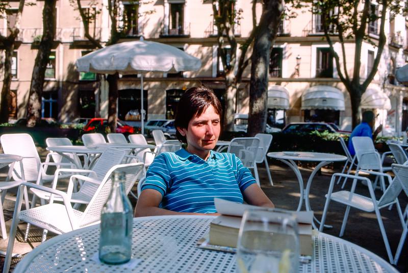 Madrid - Mercedes in cafe - 1987
