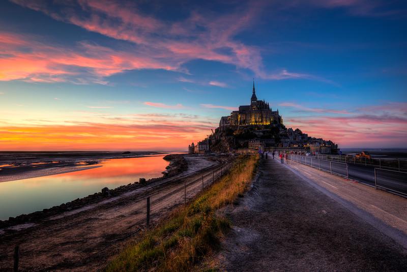 Mont st Michel sunsetHDR