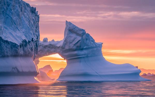 iceberg arch @ Disko Bay | Ilulissat