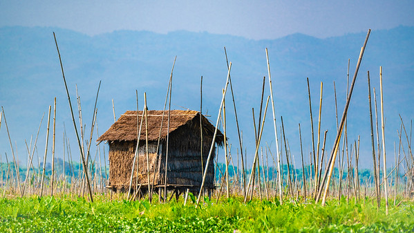 Hut @ Inle Lake Floating Gardens