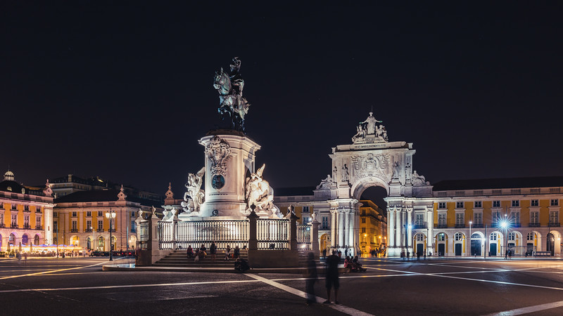 Statue of King José I & Arco da Rua Augusta | Lisboa