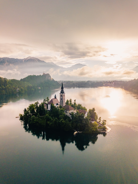 ⛪� on Bled Island ��