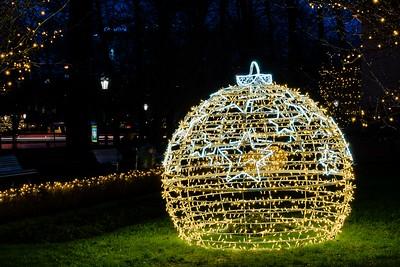 Seasonal ball